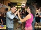Rozdział VI – Jak Filipińczycy z Manili bawią się i tańczą salsę oraz o nagłym i nieprzewidzianym wypadku zakończonym wizytą w szpitalu