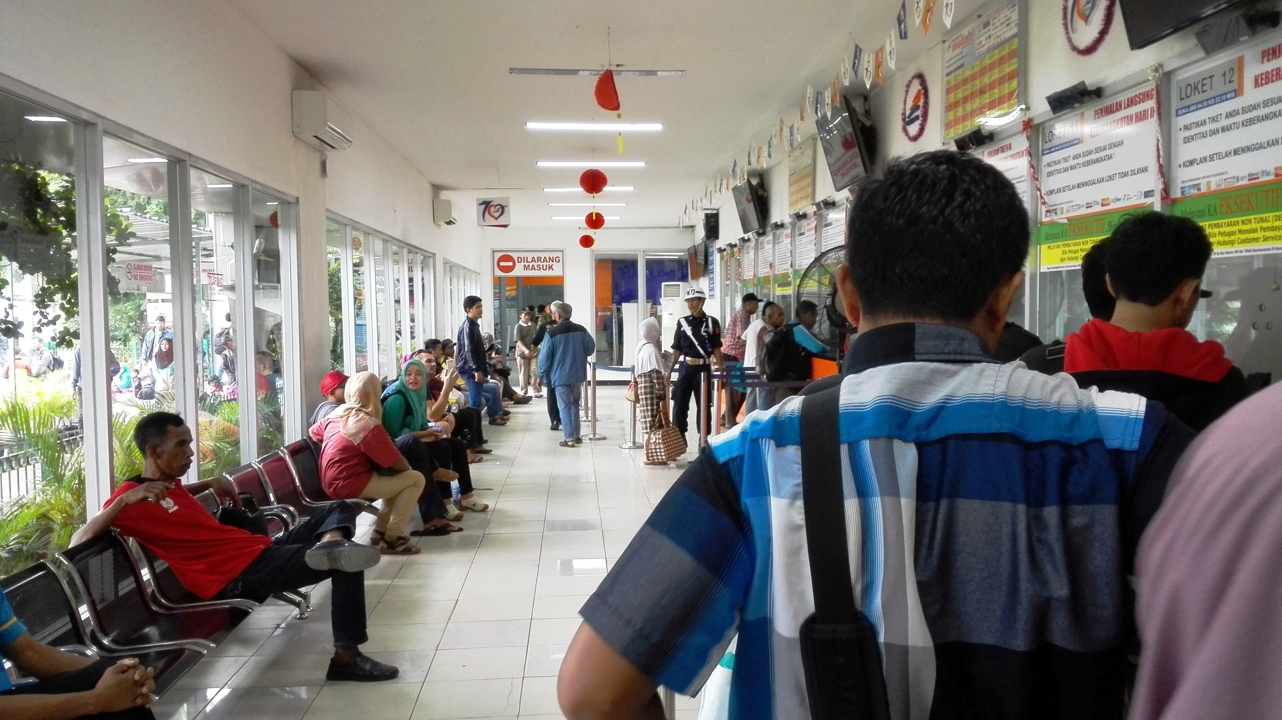 Dżakarta Pasear Senen dworzec kolejowy